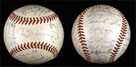 New York Yankees 1951 Team Signed Baseball with Joe DiMaggio and Mickey Mantle